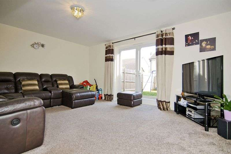 3 Bedrooms Semi Detached House for sale in Griffins Crescent, Walsall