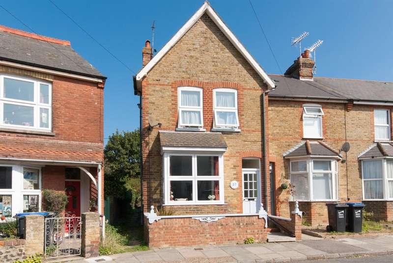 3 Bedrooms Property for sale in Crescent Road, BIRCHINGTON