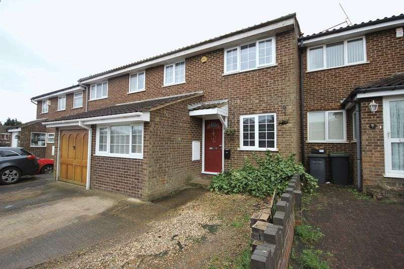 3 Bedrooms Terraced House for sale in Ryton Close, Luton