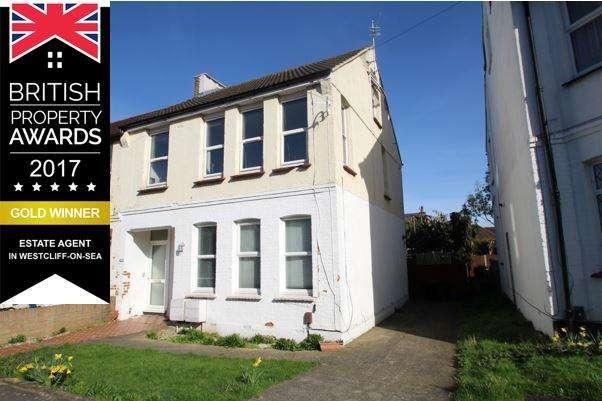 2 Bedrooms Flat for sale in Fairmead Avenue, Westcliff on Sea SS0