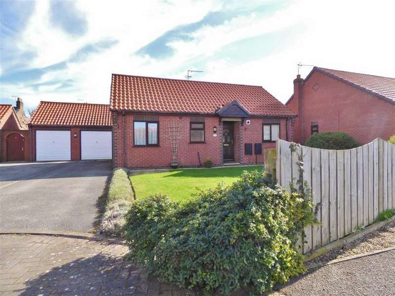 2 Bedrooms Detached Bungalow for sale in Angus Drive, Driffield