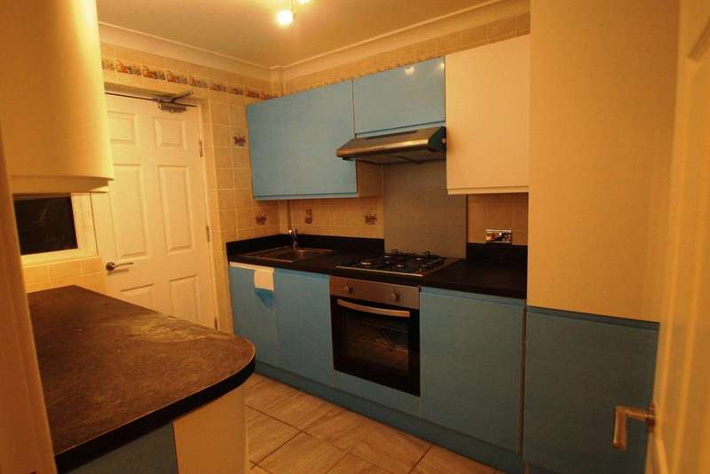 3 Bedrooms Terraced House for sale in Vanbrugh Close,