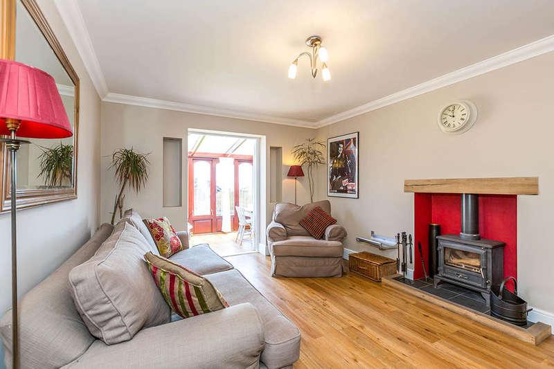 2 Bedrooms Property for sale in Childsbridge Lane, Seal, Sevenoaks, TN15