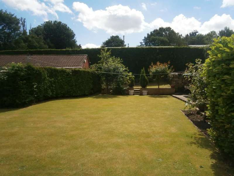 4 Bedrooms Detached House for sale in Carfax Blaydon Bank, NE21