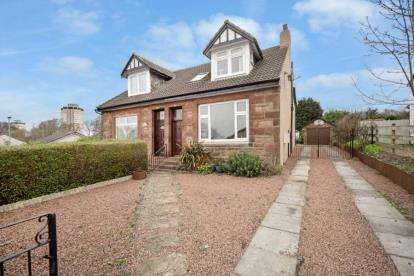 4 Bedrooms Semi Detached House for sale in Shields Road, Motherwell