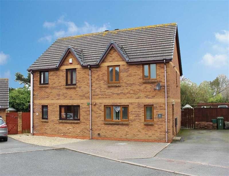 3 Bedrooms Property for sale in Honeyborough Grove, Neyland, Milford Haven