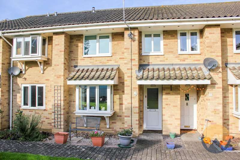 3 Bedrooms Town House for sale in Bishop Pelham Court, Keswick, NR4