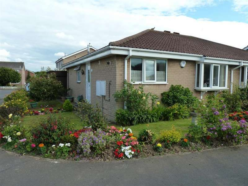 2 Bedrooms Semi Detached Bungalow for sale in Burley Avenue, Cleethorpes
