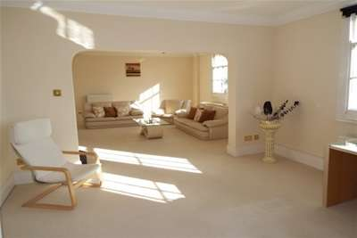 3 Bedrooms Flat for rent in Royal Standard House, Nottingham, NG1 6FX