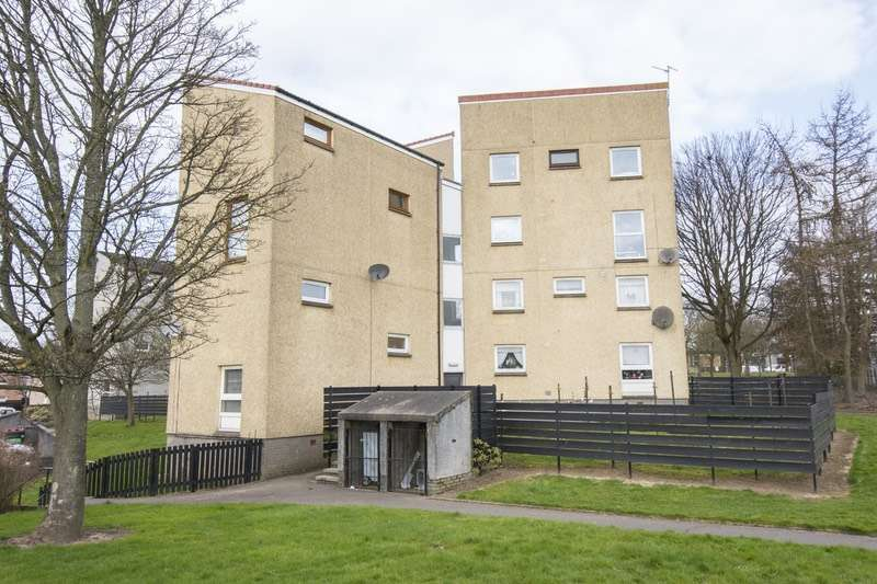 3 Bedrooms Maisonette Flat for sale in Yarrow Terrace, Dundee, Angus, DD2