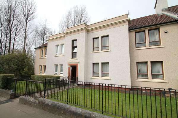 2 Bedrooms Flat for sale in 130D Causewayside Street, Tollcross, Glasgow, G32 8LP