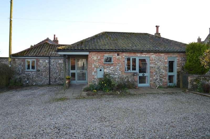3 Bedrooms Barn Conversion Character Property for sale in Binham, Fakenham