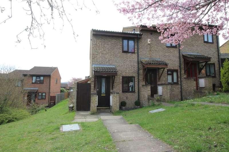 1 Bedroom Property for sale in Mermaid Close, Walderslade, Chatham, ME5