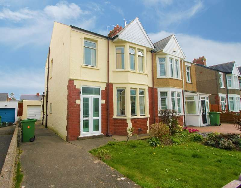 3 Bedrooms Semi Detached House for sale in Wellwright Road, Fairwater, Cardiff. CF5 3EB