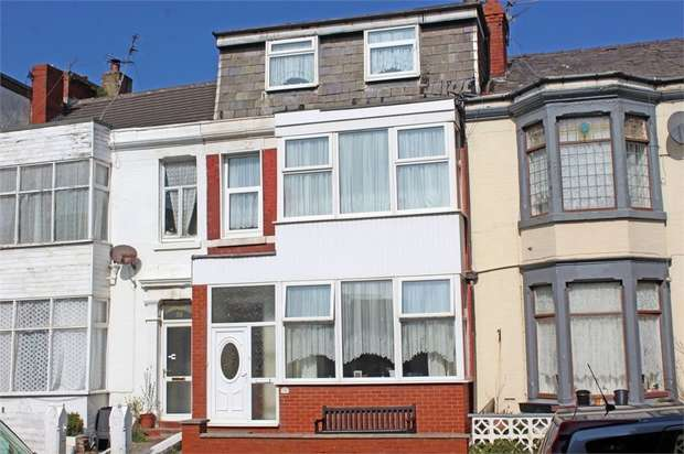 7 Bedrooms Town House for sale in Shaw Road, Blackpool, Lancashire