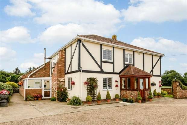 5 Bedrooms Detached House for sale in Park Row, Louth, Lincolnshire