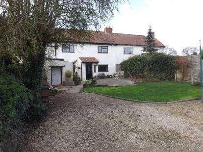 3 Bedrooms Semi Detached House for sale in Strode Common, Alveston, Bristol, South Gloucestershire