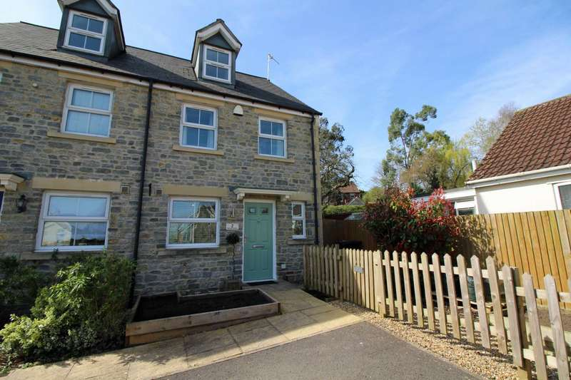 3 Bedrooms Semi Detached House for sale in Portway Gardens, Frome