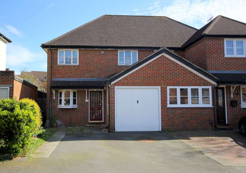 3 Bedrooms Semi Detached House for sale in 3 DOUBLE BED SEMI IN Belmont Road, Hemel Hempstead