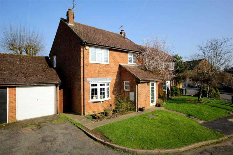 4 Bedrooms Semi Detached House for sale in SPACIOUS 4 BED SEMI-DETACHED FAMILY HOME WITH CUL DE SAC SITUATION IN Ashridge Close, BOVINGDON