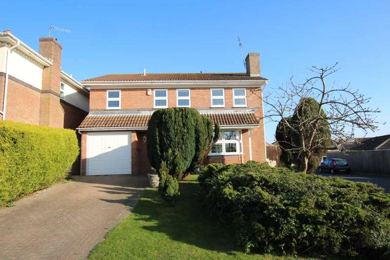 4 Bedrooms Detached House for sale in Oaklands, Westham, BN24 5AW
