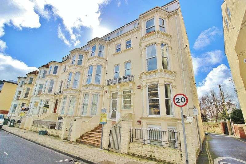 2 Bedrooms Flat for sale in Clarendon Road, Southsea