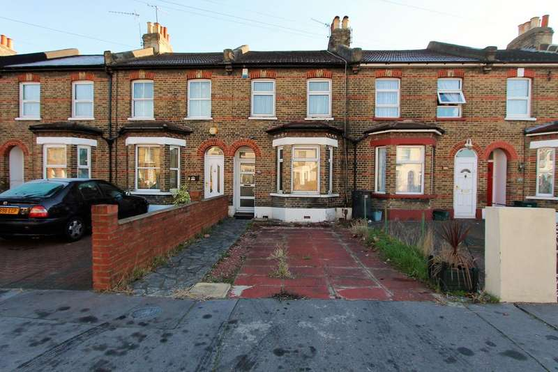 3 Bedrooms Terraced House for sale in Dennett Rd, Croydon CR0