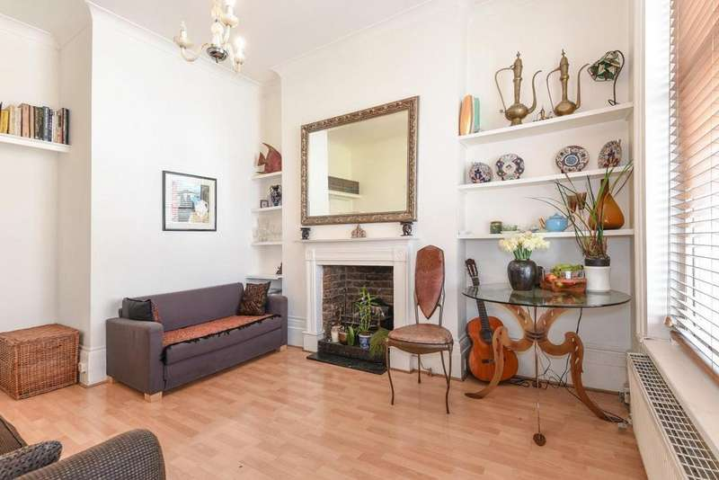 2 Bedrooms Flat for sale in Russell Gardens, Kensington, W14