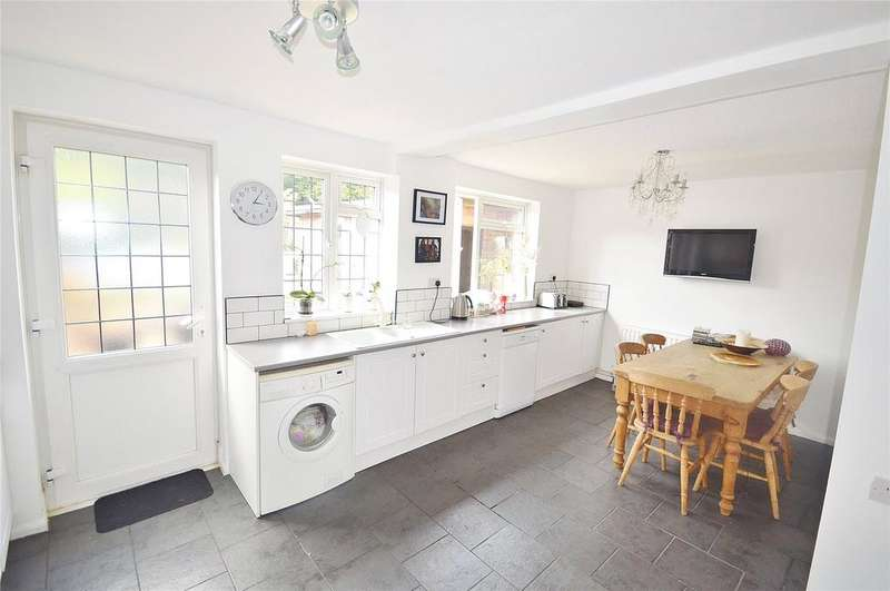 3 Bedrooms Terraced House for sale in Newhouse Crescent, Garston, Hertfordshire, WD25