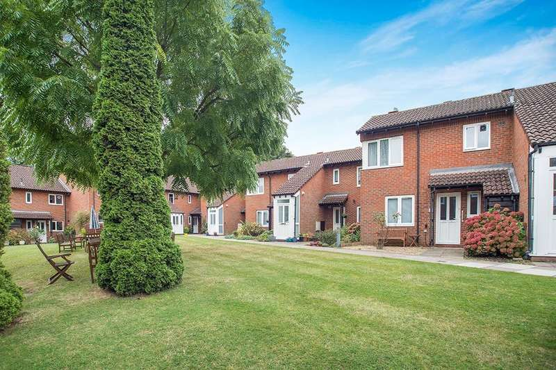 1 Bedroom Flat for sale in Patricia Gardens, Sutton, SM2