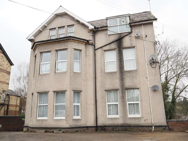 2 Bedrooms Flat for sale in Caerau Road, Newport