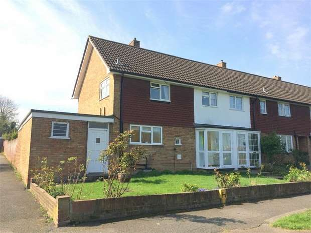 3 Bedrooms Semi Detached House for sale in Alway Avenue, West Ewell