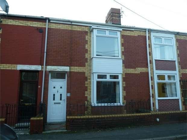 2 Bedrooms Terraced House for sale in Zoar Avenue, Maesteg, Maesteg, Mid Glamorgan