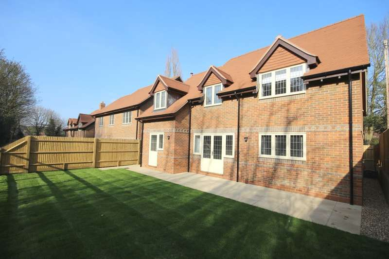 4 Bedrooms Detached House for sale in Common Lane, Binfield Heath, Henley-On-Thames, RG9