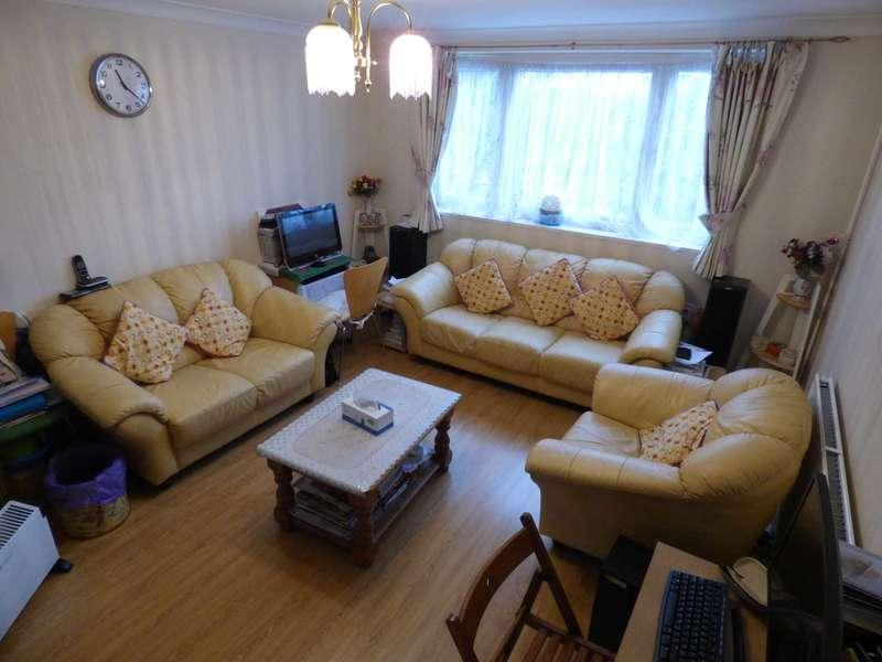 2 Bedrooms Maisonette Flat for sale in Brendon Avenue, Luton