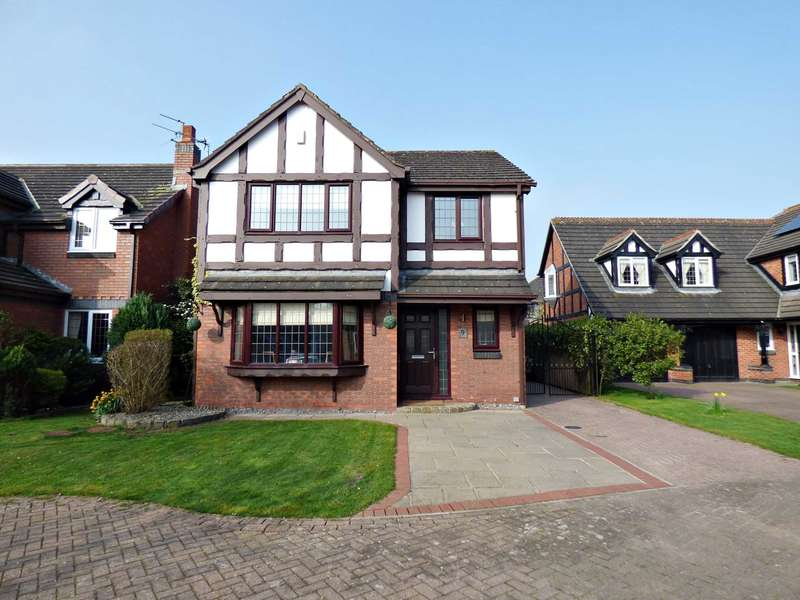 4 Bedrooms Detached House for sale in Cheviot Avenue, The Belfry, Lytham.