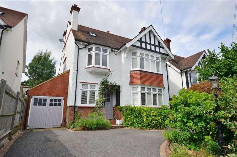 6 Bedrooms Detached House for sale in Berks Hill, Chorleywood, Hertfordshire