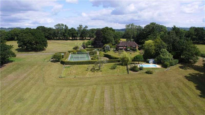7 Bedrooms Detached House for sale in Pook Hill, Chiddingfold, Godalming, Surrey, GU8