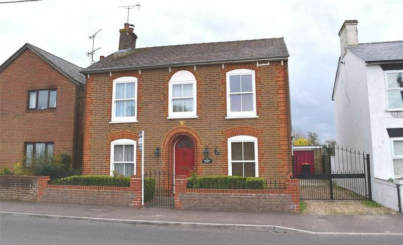 4 Bedrooms Detached House for sale in Northall Road, Eaton Bray