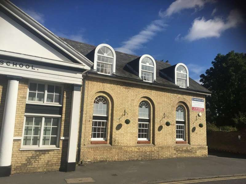 2 Bedrooms Ground Flat for sale in East Street, Saffron Walden