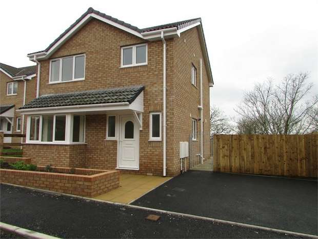 3 Bedrooms Detached House for sale in Pearson Way, Briton Ferry, Neath, West Glamorgan