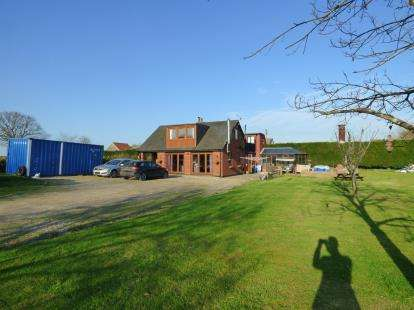 6 Bedrooms Detached House for sale in Hadleigh, Ipswich, Suffolk
