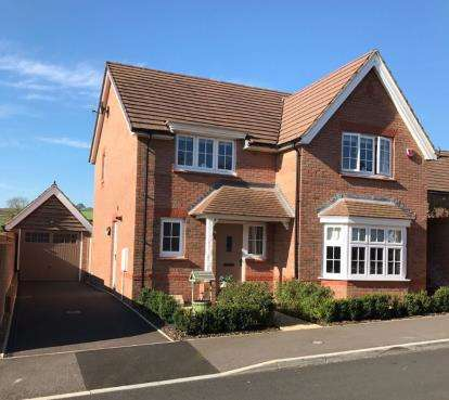 4 Bedrooms Detached House for sale in Chard, Somerset