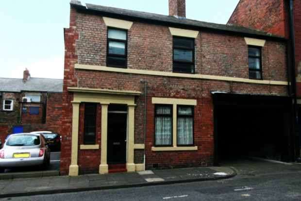 4 Bedrooms Property for sale in Norfolk Street, North Shields, Tyne And Wear, NE30 1BA