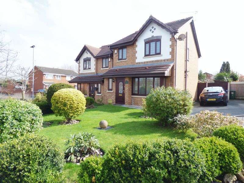 3 Bedrooms Detached House for sale in Dalewood Close, Warrington