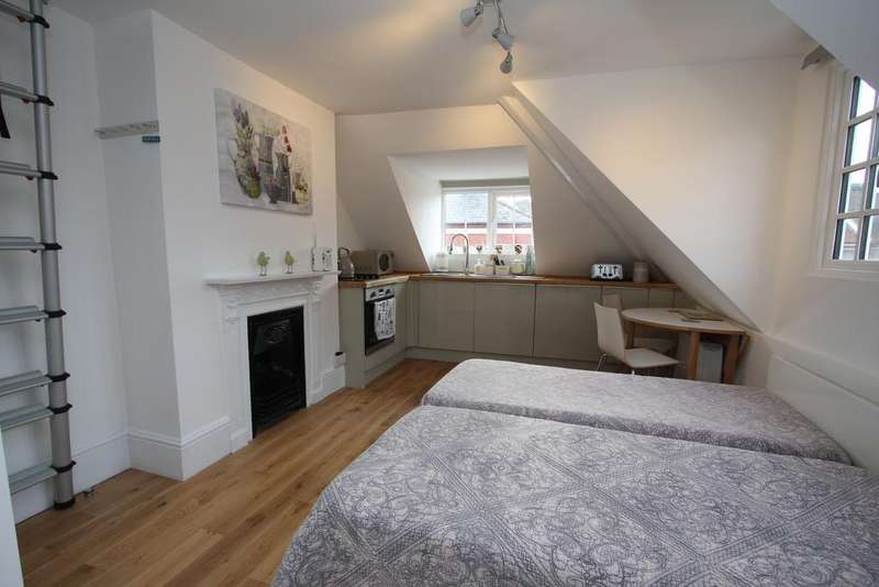 Studio Flat for sale in Meads Street, Eastbourne BN20