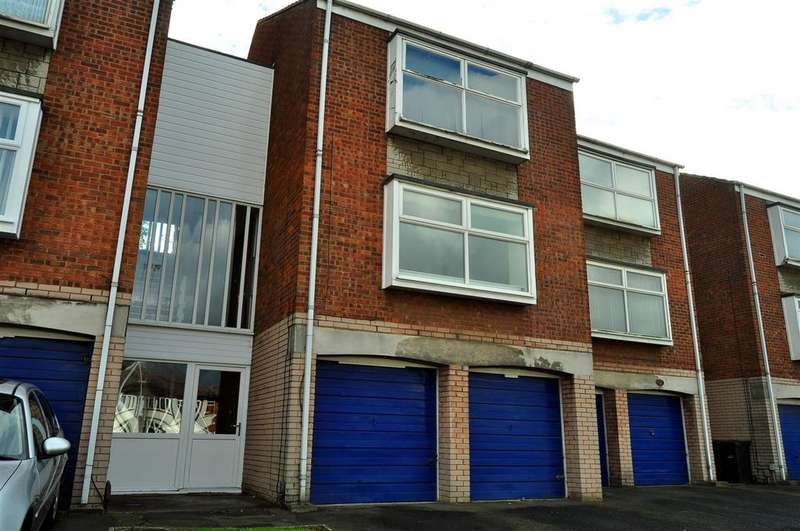 1 Bedroom Apartment Flat for sale in Lyde Green, Halesowen