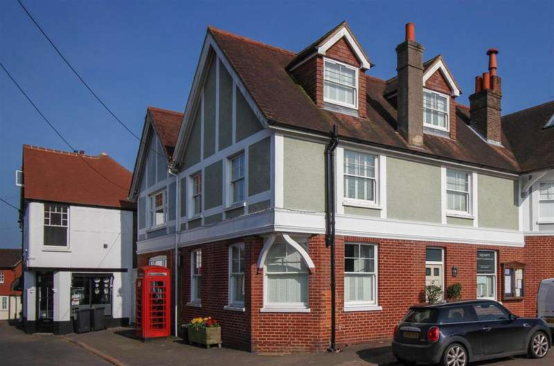 4 Bedrooms Terraced House for sale in Stockcroft Road, Balcombe