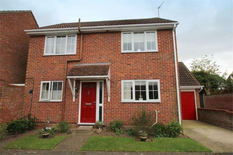 4 Bedrooms Detached House for sale in Grayling Drive, COLCHESTER, Essex