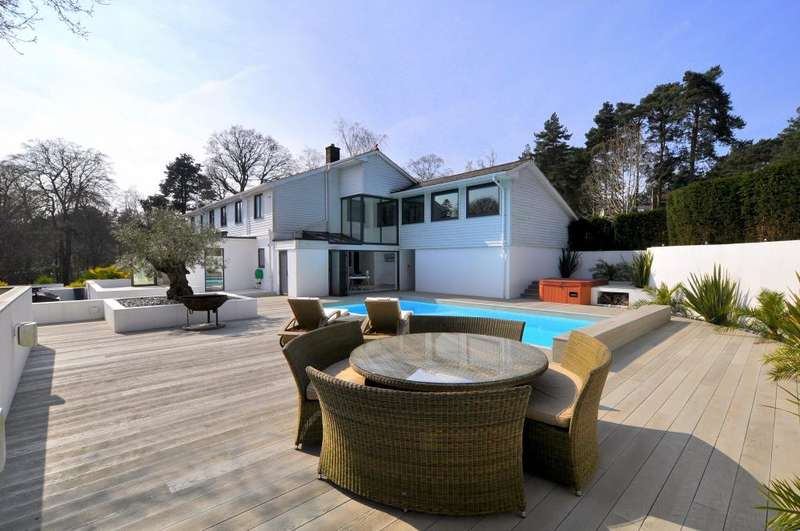 6 Bedrooms Detached House for sale in Avon Castle, Ringwood, BH24 2BN